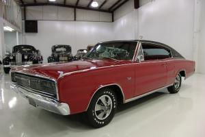 1967 DODGE CHARGER 2-DR SPORTS HARDTOP 4-BUCKET SEATS FULL CONSOLE DUAL EXHAUST