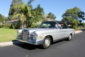 1969 Mercedes 280 SE  Convertible 280SE excellent restored condition