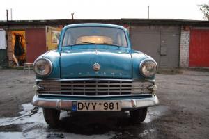 Amazing soviet car Moskvich 403E