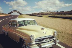 1954 Chrysler NEW Yorker Orignal 331 Hemi