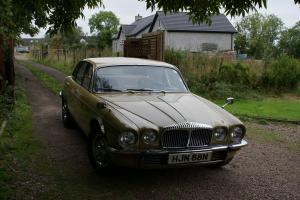1975 DAIMLER SOVEREIGN -ORIGINAL VERY RARE 4.2 MANUAL WITH OVERDRIVE
