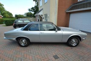 Jaguar /Daimler sovereign 4.2 XJ6 coupe automatic 1977 pilarless coupe