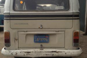 1972 VW Volkswagen Sunroof Deluxe Bay Window Campervan