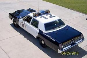 1976 CHRYSLER NEWPORT POLICE CAR PACKAGE Mopar 400 Big Block Patrol Car