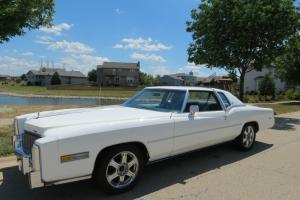 Absolutely amazing all original 1976 Cadillac cp Deville de elgance 29950 miles