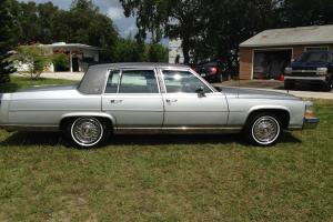 1979 Cadillac Seville Base Sedan 4-Door  powered by 454 chevorlet and 400 turbo