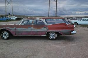 1960 Dodge 6 passenger station wagon with 318 V-8 Automatic Trans and Fins