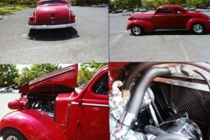 1937 Dodge 2-Door Business Coupe red 383 Stroker 300 H/P Cragar A/C