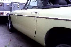 1976 MG MGB MK IV Convertible 2-Door 1.8L