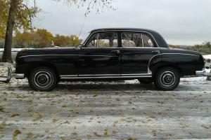 1972 MERCEDES BENZ 280 SE 4.5 VERY CLEAN 55K MILES