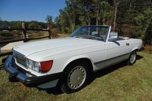 1989 Mercedes Benz 560 SL White/Grey PRISTINE CAR LAST Year of W107
