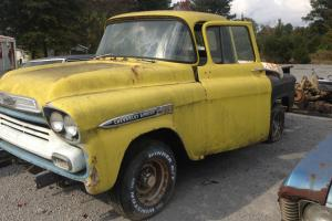 1958 Chevrolet Apache !