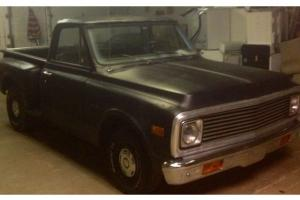 1970 C-10 Step side with an inline 6