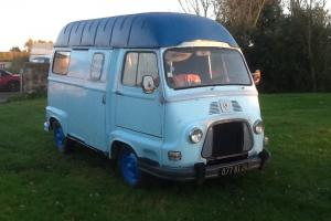 Classic Renault Estafette / H Van / Camper / tea , burger van /  Photo