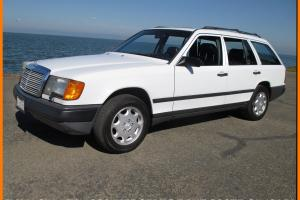 IMMACULATE 1989 MERCEDES BENZ 300TE ESTATE WAGON! RUST-FREE CA. CAR 3RD ROW SEAT