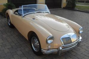 Roadster: Frame-Off Restoration, Blk Leather, Side Curtains, Tonneau, PRISTINE!!