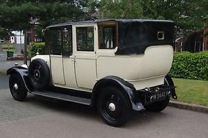 1928 Lanchester 21hp Hooper open-drive landaulette