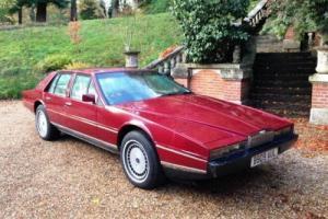 1985 Aston Martin Lagonda  Photo