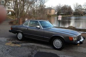 1989 MERCEDES BENZ 560SL CONVERTIBLE MINT RARE COLOR COMBO CLASSIC FAST LOW MILE