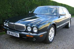 DAIMLER SUPER V8 LWB X308 WITH INDIVIDUAL REAR SEATS, XJR POWER, STUNNING