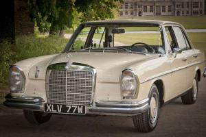 MERCEDES BENZ 280S / W108 Former Embassy Car