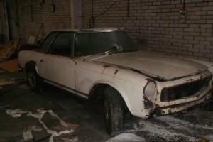 Mercedes 250SL Pagoda Garage find