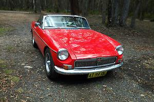 MG 1969 MGB Tarten RED Roadster in Central West, NSW