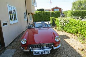 1973 RED MG B COUPE, IMMACULATE CONDITION