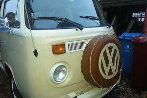 VW Camper T2 1973 Stunning Nevada Beige/Pastel White