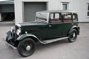 1930 ROVER 10/25 Steel Bodied Six Light Saloon