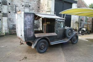 Renault KH 1934 mobile grocers shop RHD
