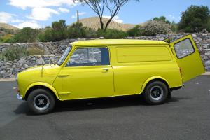 1971 Mini Classic Panel Van Photo