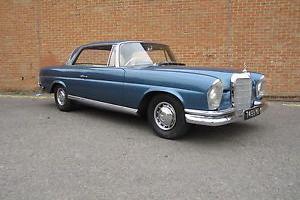 1960 MERCEDES 220SE