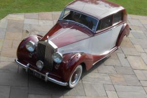 1951 ROLLS ROYCE SILVER WRAITH H J MULLINER TOURING LIMOUSINE WITH SUN ROOF