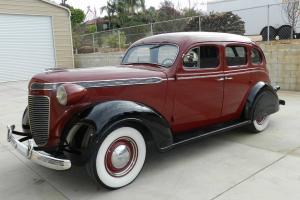 Chrysler : Royal Sedan