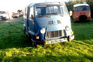 Classic Renault Estafette / H Van / Camper / tea , burger van / Food Photo