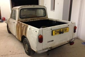 """Austin mini 95 pick up """"BARN FIND"""" stored for past 16 years"""