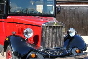 Asquith Limousine + Taxi + Reproduction + Wedding car + Classic Car + Specialist