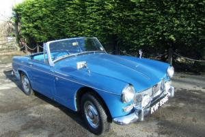 1967 MG Midget MkII convertible in Riviera Blue