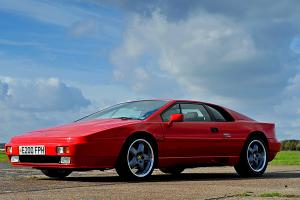 Lotus Esprit Turbo 2.2