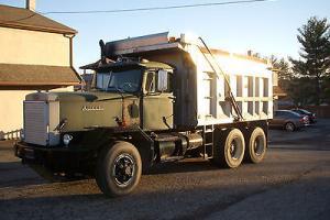 !972 Autocar Dump Truck