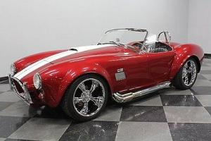 CONTEMPORARY CLASSICS COBRA, 427 SIDE OILER, INDEPENDENT REAR, ONLY 7,579 MILES!