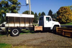 1982 1724 International Harvester Salt Truck Photo
