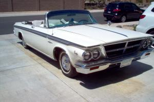 Convertible with rare factory a/c. Triple whitecruiser and show winner; 383 cid;