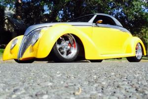 1939 FORD ROADSTER STREETROD CLASSIC HOT ROD NO RAT ANTIQUE SHOW MAGAZINE BEAUTY