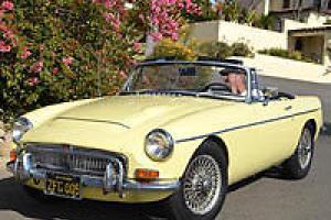 CALIFORNIACLASSIX 1968 MGC Roadster  * 48,477 Miles * {59 Photos}