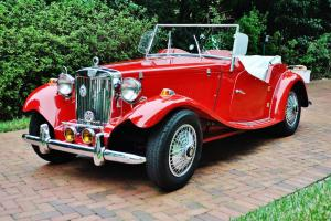 Folks as new just 5,234 miles 1952 MG TD Recreatioin car is mint condition sweet