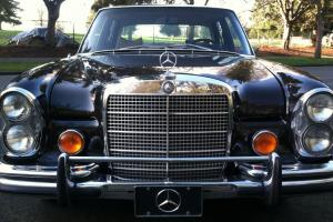 1971 Mercedes Benz 300SEL 3.5 300 SEL Heckflosse Fintail W109 air suspension V8