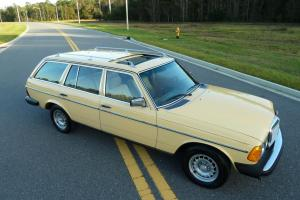 1981 Mercedes 300TDT Station Wagon Turbo Diesel W123 ONE OWNER  We Export!!!