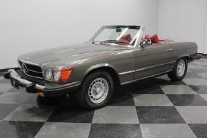 ONLY 44,040 ORIGINAL MILES, EXTREMELY CLEAN, RARE AND DESIRABLE COLOR COMBO!